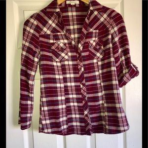 Forever 21 Plaid flannel button down Size Small